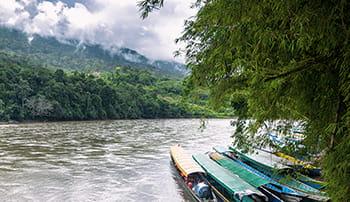 miljø båd flod regnskov skyer