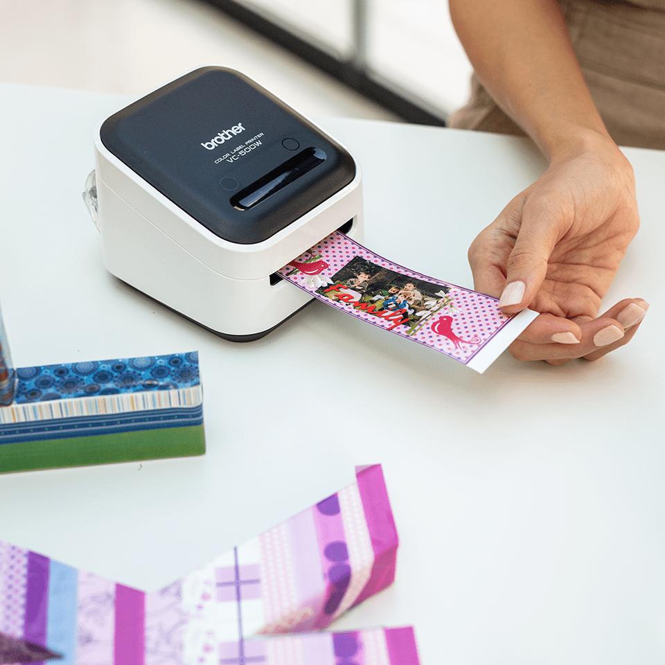 VC-500W - labelprinter, der printer labels i  fuld farve 12