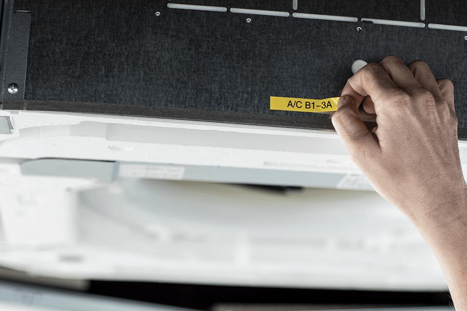 PT-E110VP labelprinter til elektrikere 9
