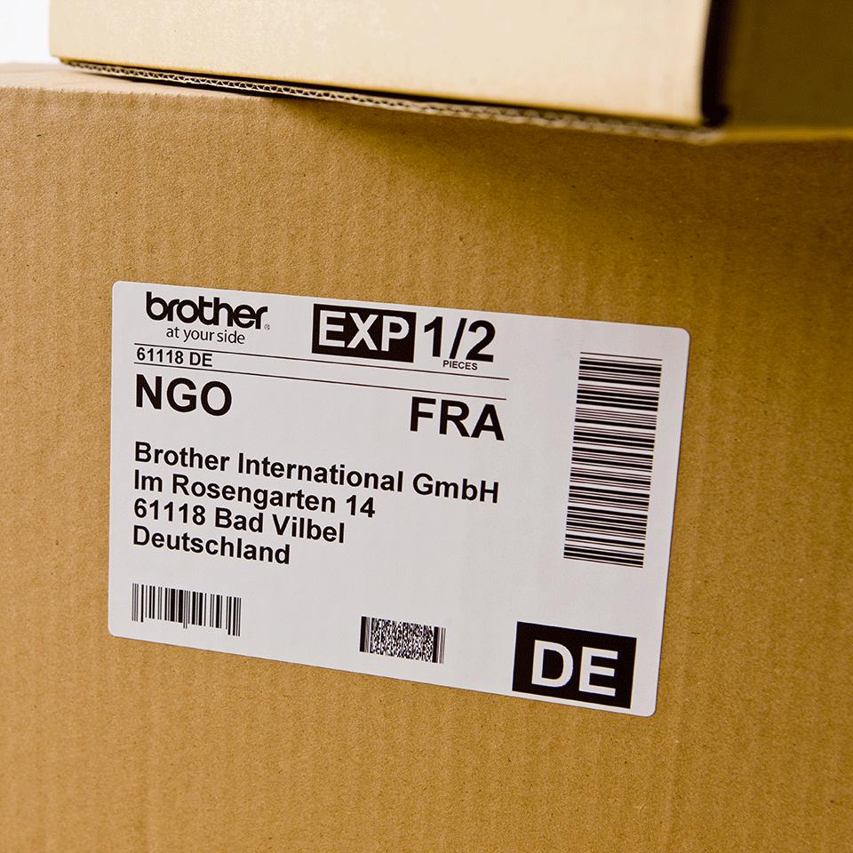 Original Brother DK-11202 rulle med fragtlabels – sort på hvid, 62 mm x 100 mm 2