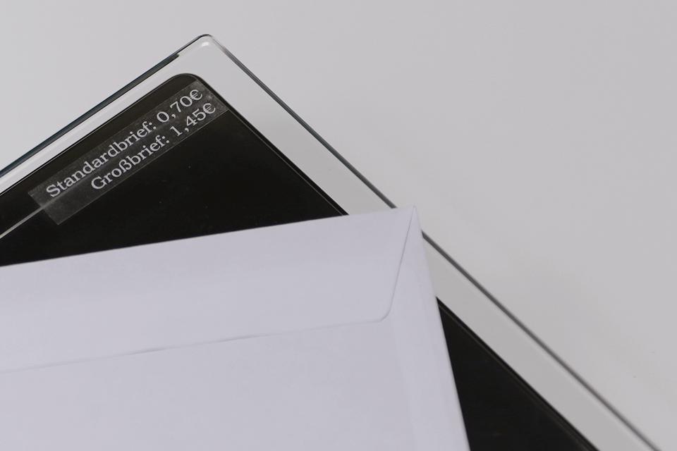 Original Brother TZe135 tape – hvid på klar, 12 mm bred 4
