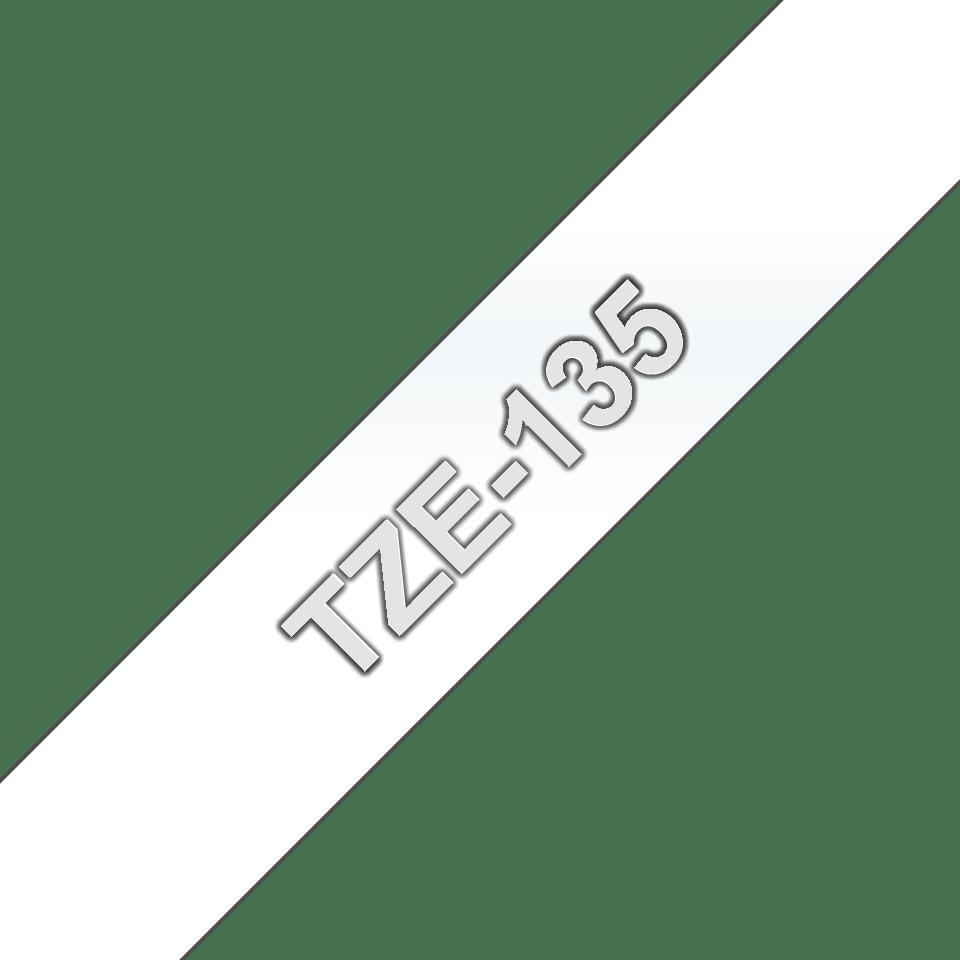 Original Brother TZe135 tape – hvid på klar, 12 mm bred