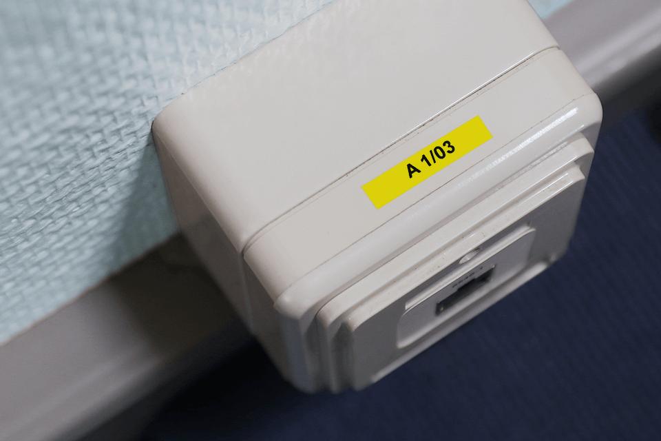 Original Brother TZe611 tape – sort på gul, 6 mm bred 4
