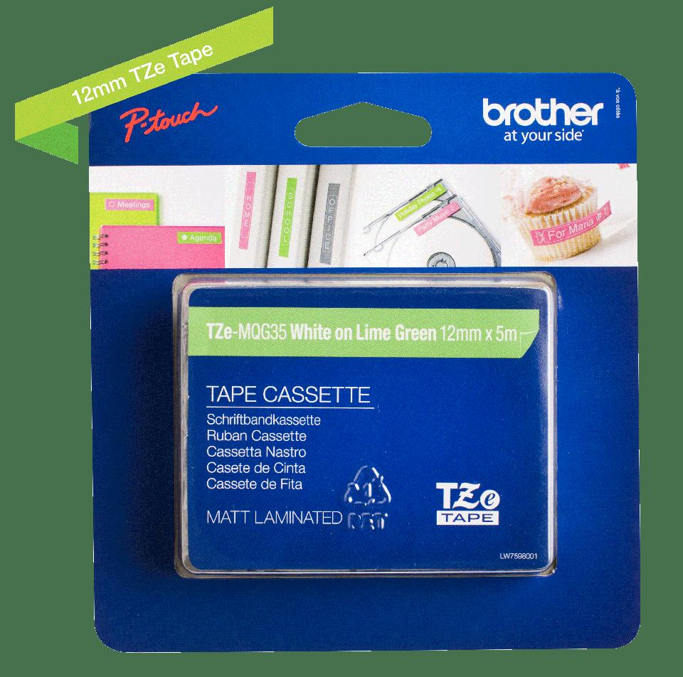 Original Brother TZeMQG35 tape – hvid på limegrøn, 12 mm bred 2